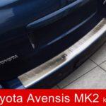 """""""Naklejamy na zderzaki i nie tylko""""- Nakładka na zderzak tylny Toyota Avensis 2 kombi."""