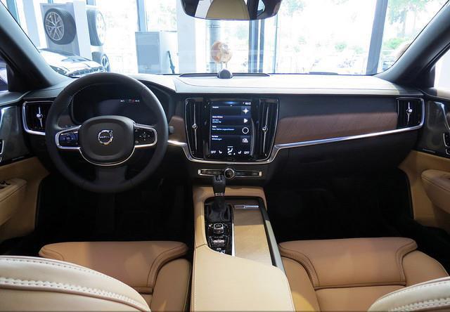 Wnętrze Volvo V90 Blog Avisa