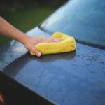 Zabiegi pielęgnujące lakier, które pokocha Twoje auto